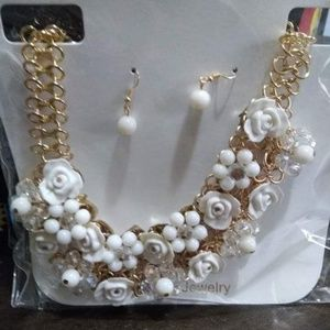 Jewelry - New fashion necklace with earrings